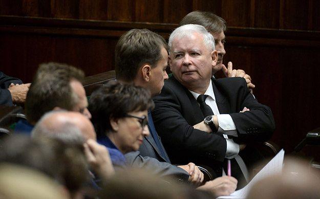 """""""Wprost"""": Jarosław przechodzi do ofensywy"""