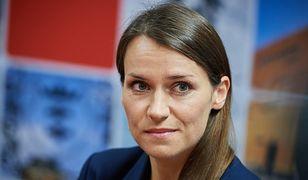 """Posłanka Pomaska zadała trudne pytanie ministrom PiS. """"O przekazaniu nagrody na Caritas poinformowało dwóch"""""""