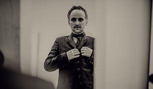 Artur Rojek prezentuje swoje piosenki w symfonicznej odsłonie