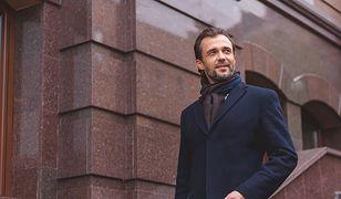 Atrybut eleganckiego mężczyzny. Płaszcz na zimę i nie tylko