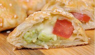 Ciasto francuskie z kolorowym farszem