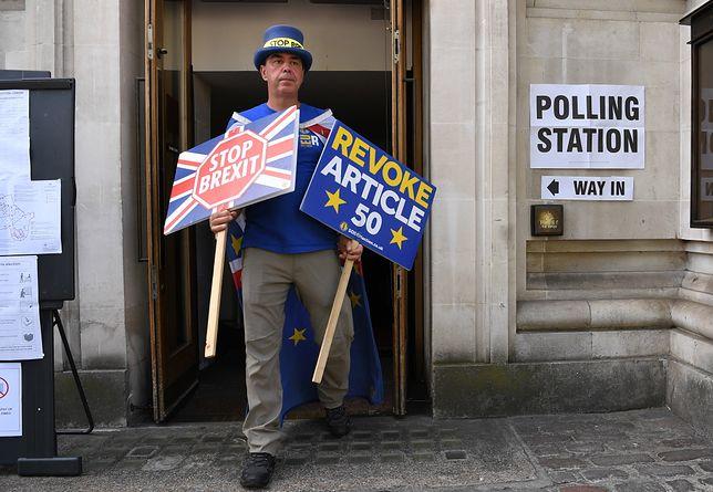 Wielu obywateli UE na Wyspach nie mogło w czwartek skorzystać z prawa do głosowania