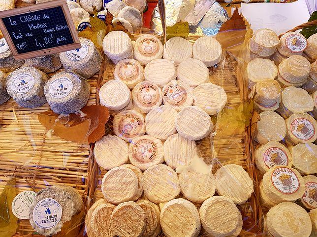 Tradycyjne sery również goszczą na świątecznym, prowansalskim stole.