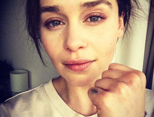 """""""Gra o tron"""". Emilia Clarke miała tętniaka. Pokazała zdjęcia ze szpitala"""