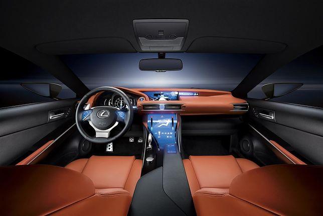Koncepcyjny Lexus LF-CC miał duży ekran dotykowy