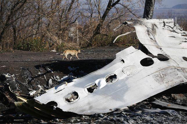 Wrak zestrzelonego na wschodzie Ukrainy samolotu MH17