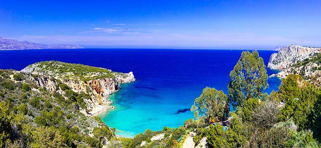 Wybrzeże w pobliżu Agios Nikolaos jest wyjątkowo malownicze