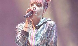Lily Allen na koncercie w 2014 roku