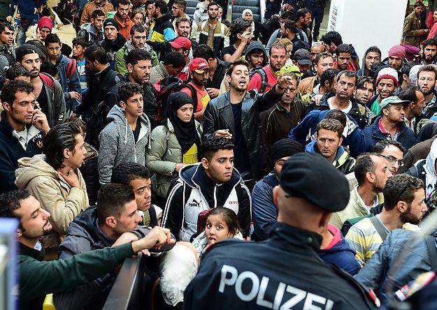 """""""New York Times"""" krytykuje Europę środkowo-wschodnią za niechęć do przyjmowania uchodźców"""