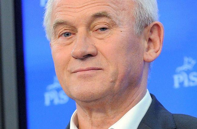 Szef resortu energii Krzysztof Tchórzewski uważa, że zasłużył na premię w wysokości kilkudziesięciu tys. zł.