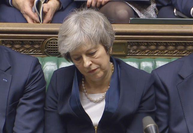 Od pokoleń żaden premier nie poniósł takiej porażki w Izbie Gmin jak Theresa May
