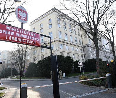 Porządki w MSWiA. Makijażystka od Kaczyńskiego odeszła z gabinetu politycznego