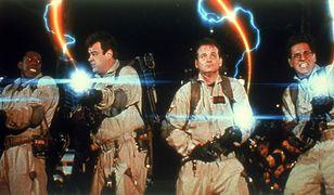 "Od lewej: Ernie Hudson, Dan Aykroyd, Bill Murray, Harold Ramis w filmie ""Pogromcy duchów II"" (1989)"