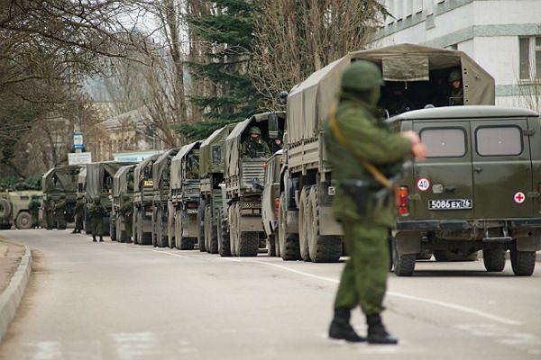 Niezidentyfikowane wojska na Krymie