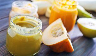 Masełko jabłkowo-dyniowe najlepiej smakuje ze świeżym pieczywem lub naleśnikami.