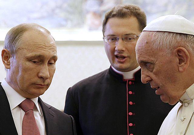 Putin dostał od Franciszka medal Anioła Pokoju - zdjęcia