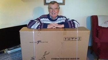 Amazon pomylił paczki. 79-latek dostał przesyłkę ważącą 29 kilogramów - Amazon pomylił paczki 79-latka z Bristol