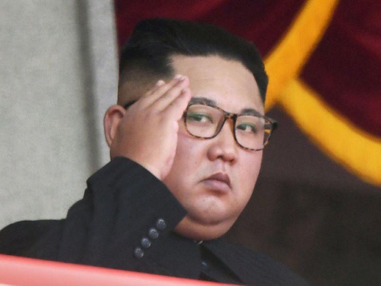 """Kim Dzong Un dogadał się z WHO. Jest tylko jedno """"ale"""""""