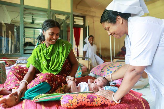 Parboti z Bangladeszu i jej 8-dniowy pacjent