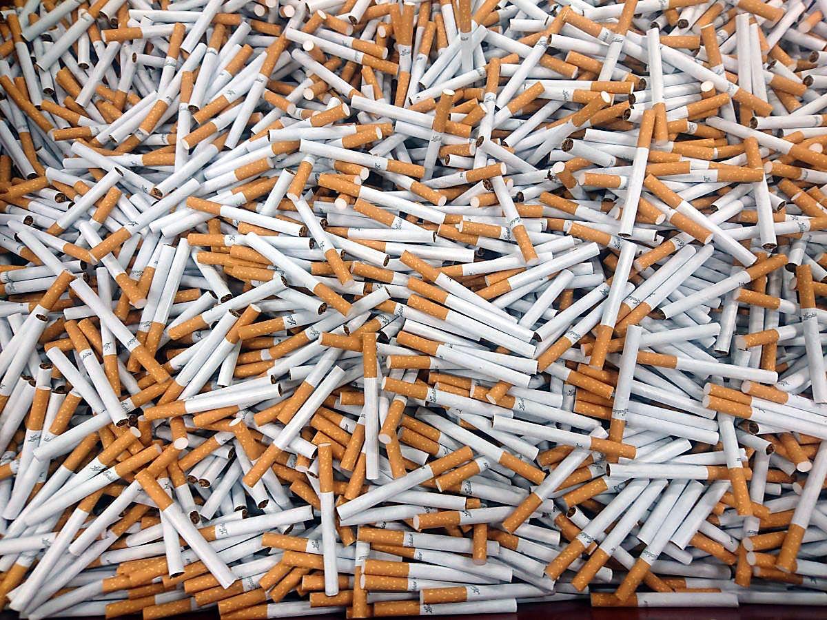 Policja przejęła pół miliona nielegalnych papierosów