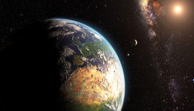 """""""Asteroida nie uderzy w Ziemię."""" Naukowiec nie wierzy w koniec świata"""