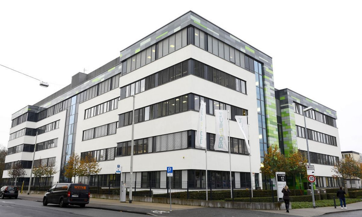Budynek BioNTech - firmy tureckich naukowców.