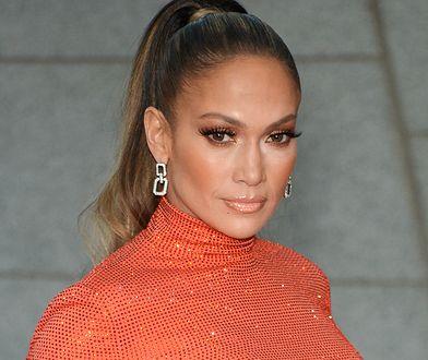 Jennifer Lopez chwali się boskim ciałem