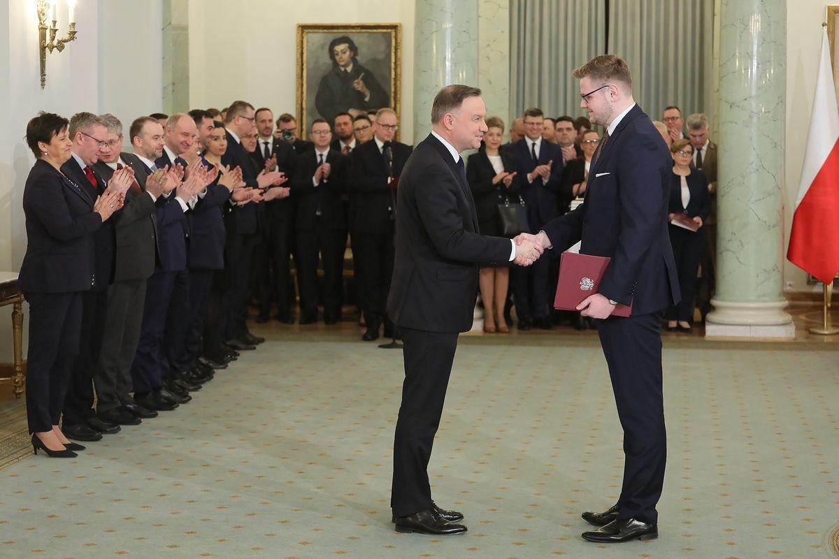 Politycy PiS zarażeni koronawirusem. Na początku marca gościli w Pałacu Prezydenckim