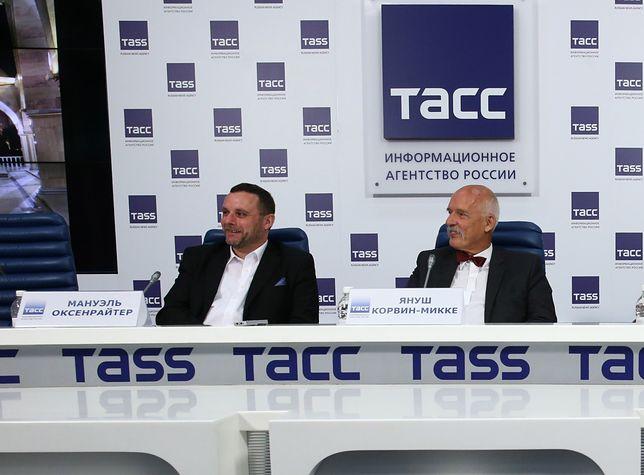 Manuel Ochsenreiter i Janusz Korwin-Mikke podczas konferencji prasowej po wizycie w Czeczenii