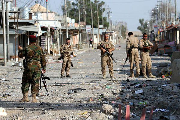 Zwłoki 150 przeciwników Państwa Islamskiego znaleziono w zbiorowym grobie w Iraku