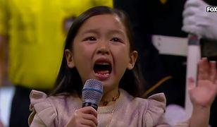 Malea Emma zrobiła show na finale piłkarskich rozgrywek USA.