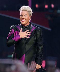 Pink chce zapłacić karę za zawodniczki plażowej piłki ręcznej. Wspiera je i mówi o seksizmie