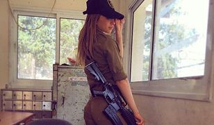 Ona sprawia, że wszyscy chcą być w armii. Jej zdjęcia w mundurze, a zwłaszcza bez to hit