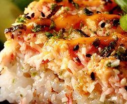 Pieczone sushi z TikToka. Nowa wersja japońskiego dania