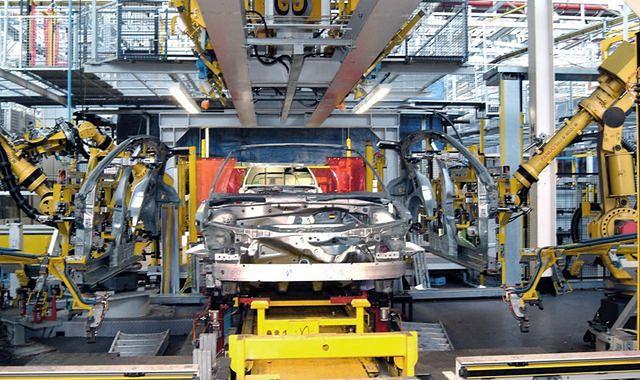 GM wstrzymuje produkcję w Rosji