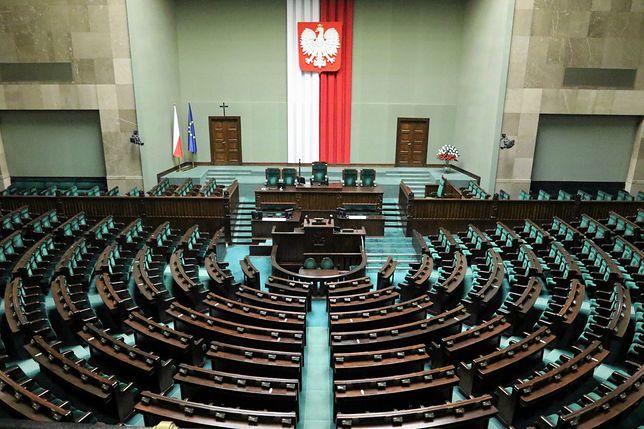 Batalia o sądy. Trwa posiedzenie Sejmu ws. zmian w wymiarze sprawiedliwości