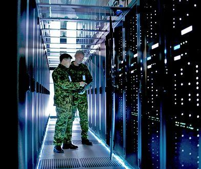 Bronią grupy szybkiego reagowania, której potrzebujemy, powinny być nie czołgi, a informacja, sieć i serwery