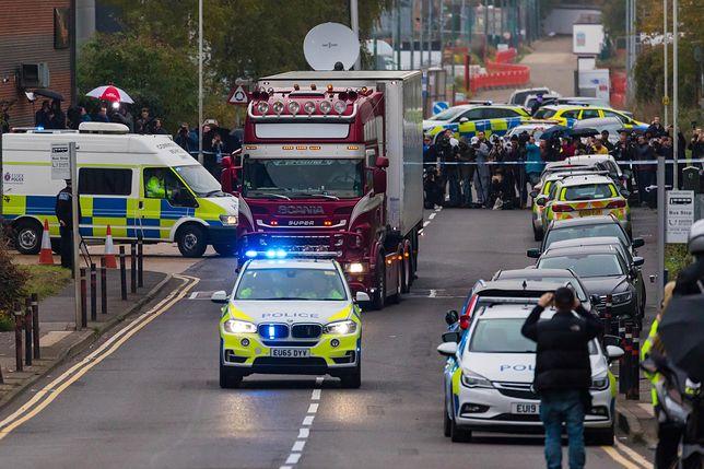Wielka Brytania. 39 ciał w naczepie ciężarówki znaleziono w środę przed świtem w Essex