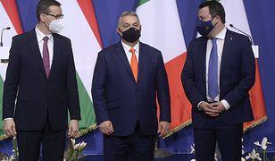 """Tusk komentuje wizytę Morawieckiego w Budapeszcie. """"To nie prima aprilis"""""""