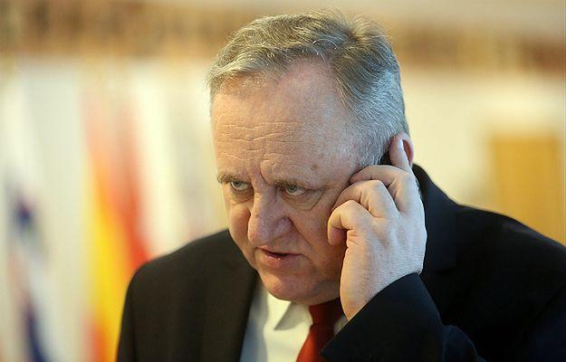 Macierewicz odwołał rektora Akademii Obrony Narodowej Bogusława Packa