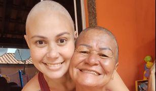 Matka ogoliła głowę na znak solidarności. Jej córka walczy z nowotworem