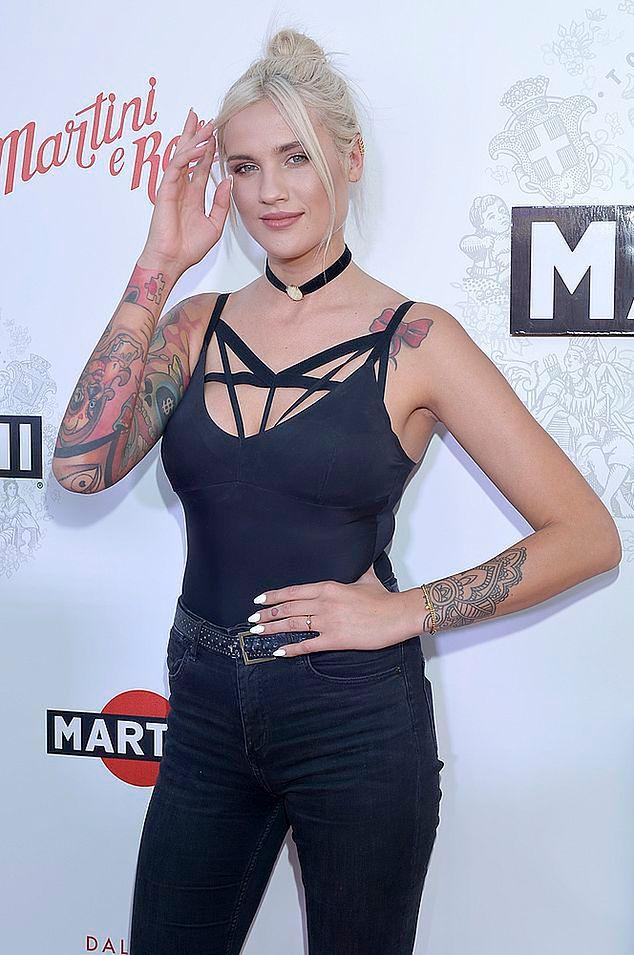 """Top Model"": Karolina Gilon o tatuażach"