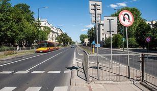 Czarny punkt przy Wawelskiej zyska sygnalizację świetlną
