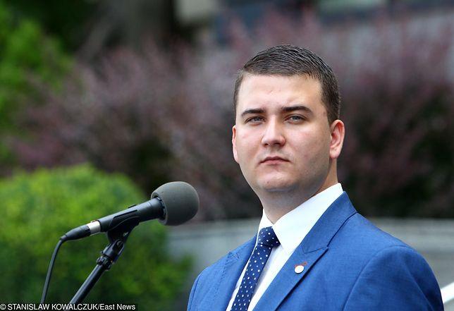 Bartłomiej Misiewicz wyszedł z aresztu po wpłaceniu 100 tys. zł kaucji