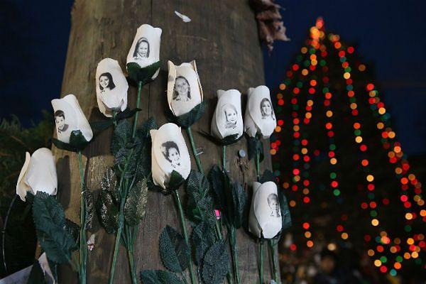 Sprawca masakry w Newtown mógł inspirować się Breivikiem