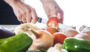 Jakie części warzyw i owoców należy usuwać?