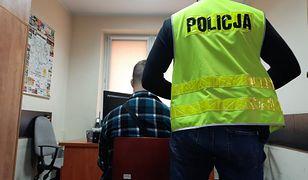 Śląskie. Potrącił 98-latka w Myszkowie, uciekł z miejsca wypadku. Jest w rękach policji