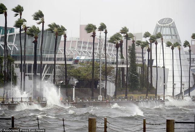Tajfun Jebi uderzył w Japonię