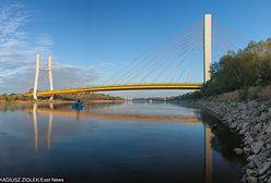 Skoczył z mostu do Wisły w Warszawie. Przeżył