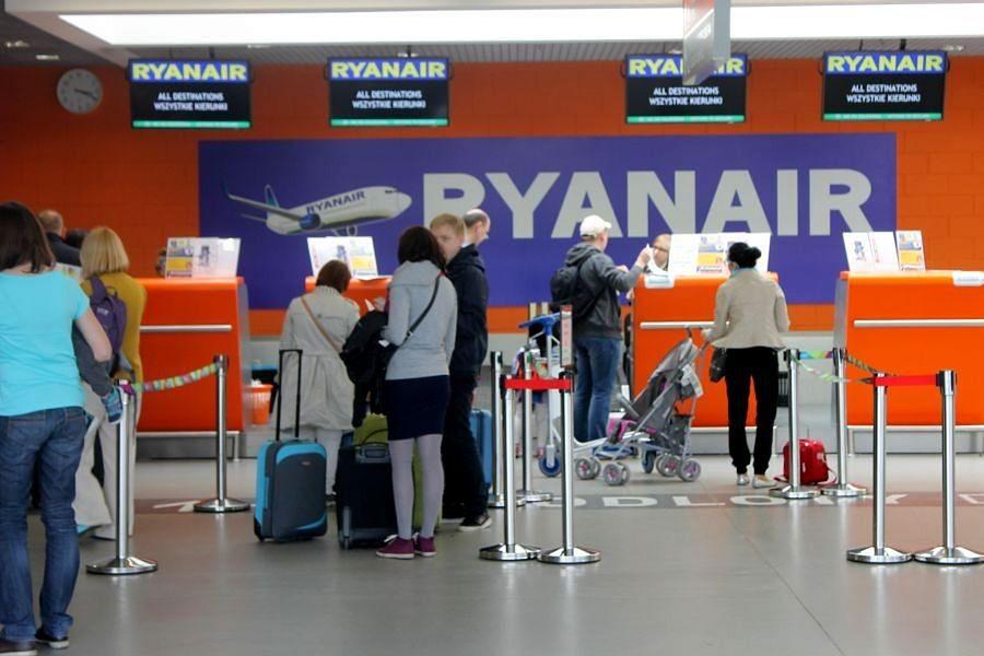 Modlin główną bazą wylotową linii Ryanair